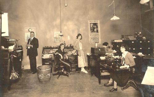 Office, 1923